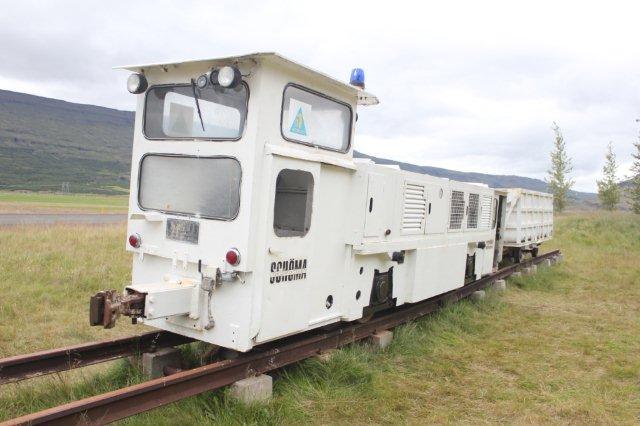 Denkmallokomotiv opstillet ved kraftværket formentlig 2008. Fotograferet 2013 af ?.