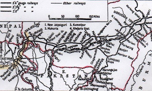 Jernbanekort over området mellem Varanasi og Darjeeling. Rødt er grænserne til Nepal og Bangladesh. Der er kun et smalt stykke Indien her som forbindelse til Assam. Ruten er tegnet op med gul mærkepen.