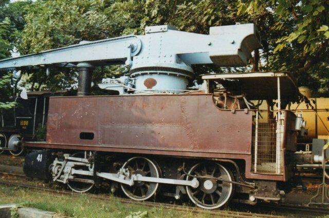 Tingesten var mærket Hawthorn og bygget 1923 til en svellefabrik. Deres formåen oversteg elefantens!