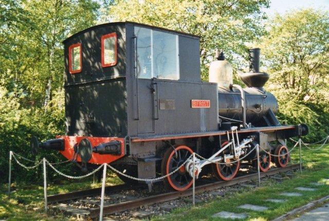 Denne Nohab-maskine fra 1882 står i Narvik som udendørs denkmal. Museet har en større maskine inde. Bifrost her har tilhørt LKAB som nr. 5.