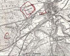 Legionslejren i Haltern, der i dag er museum. Museumsbygningen ser ud som i romertiden. Museumsbygningens vægge ser ud som et palisadehegn og museets ovenlysvinduer ligrere de telte, soldaterne boede i. Ved udgravningen blev der fundet 3000 romerske mønter, som soldaterne havde tabt. Imponerende taget i betragtning, at de kun var her i 18 år. Nede ved floden ses den lille havn ved Lippe.