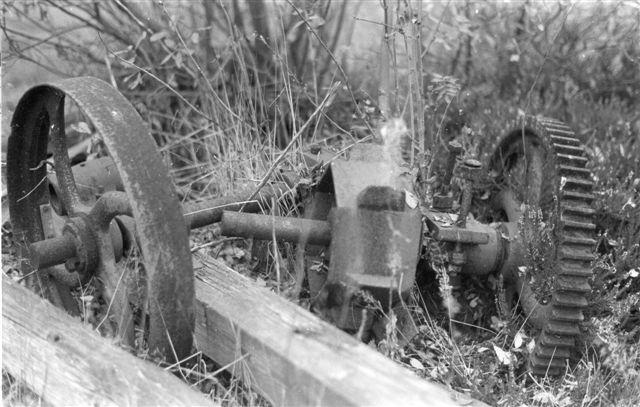 I 1976 fotograferede E. Boilesen rester af dyndelevatoren.