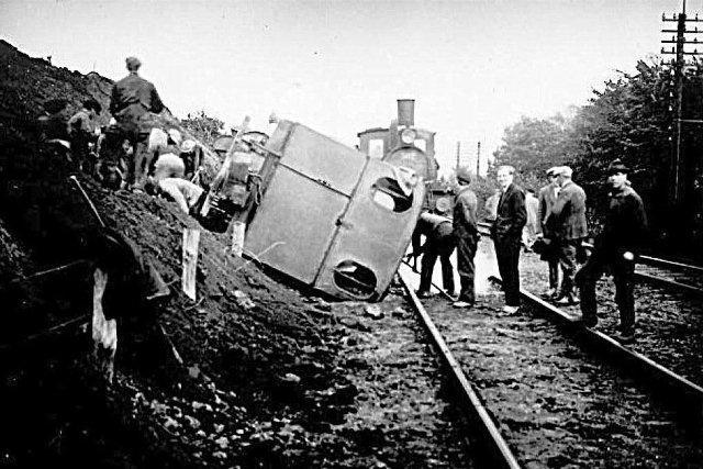 Lokomotivet er Banen til Kolding er midlertidigt spæret.