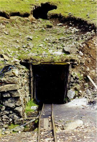 Nærbillede af tunnelmundingen.
