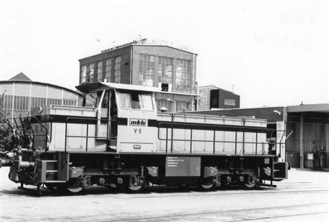 MKB, Mindener Kreisbahn GmbH V 5, MaK 1000 852/1991. Lokomotivet er her helt nyt. Der holdt ved depotet i Minden tre lokomotiver, men det ene kørte,mens jeg skiftede film. Foto fra 1991.