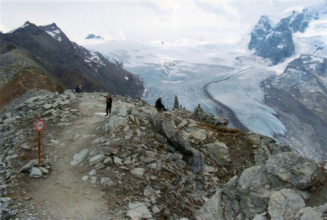 Gletschertur i Schweiz ved Zermatt i 2009. Vi er på Gornergrat og ser Gornergletscheren og Schwarzegletschern fjernest.