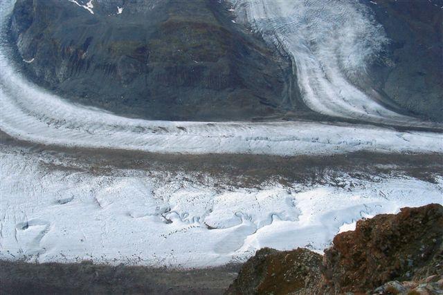 Længere nede stødte flere gletschere til.