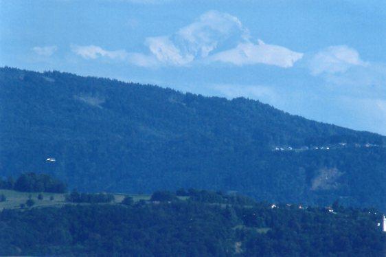 Skruer jeg op for telen, er det næsten som man kan røre bjerget. Fotoet er taget fra samme position som ovenstående 2009.