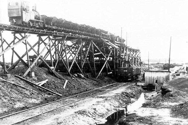 Dueslaget i Nr. Vium lige ved Anden Verdenskrigs slutning. her ser man udbygningen af førerhuset, der gav anledning til tilnavnet Dueslaget.