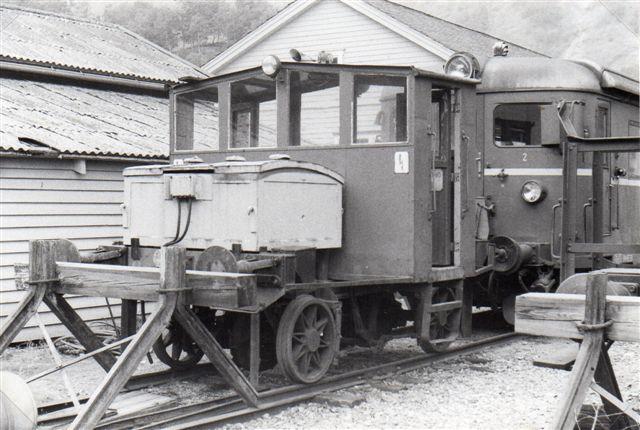 I reserve stod en ældre model, NSB Ska 207. Resten af nummeret var faldet af, men også den brugtes. 1983.