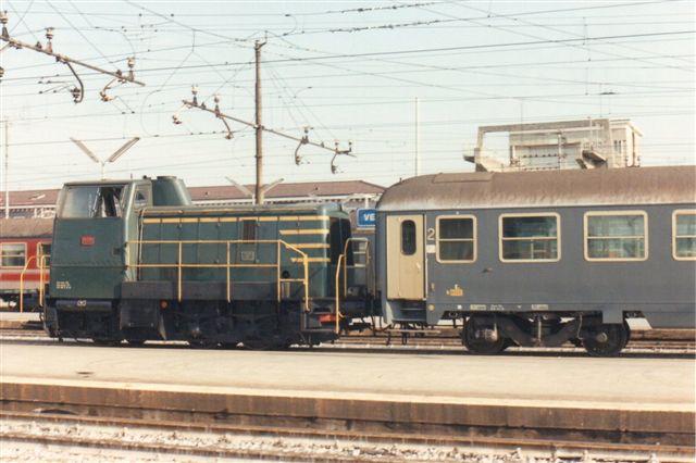 FS 245 6008 i Venezia 1990. Trods samme litranummer (245) er der her tale om en maskine uden kobbelstænger.