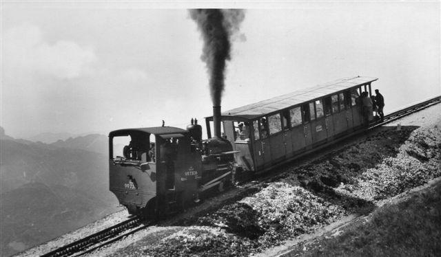 ÖBB 99 7306 på vej til toppen. Billedet er af ukendt oprindelse, men sikkert ældre end ovenstående fra 1955.