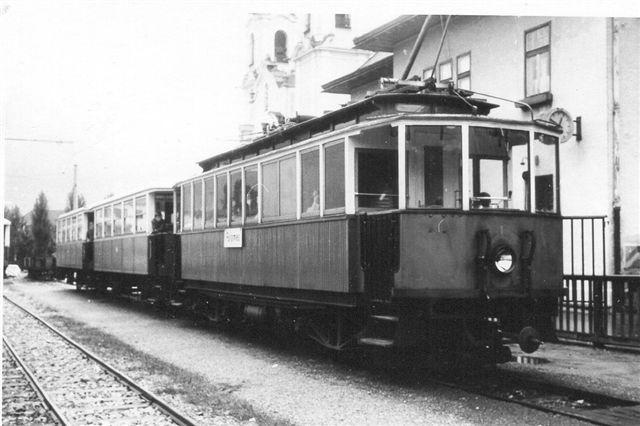 AGStB 1på lokalstationen i Innsbruck engang i 60'erne. Repto i s/h efter dias. Foto: Min far.