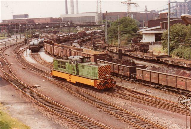 EH 186 passerede også broen. Det er et Zweikraft-Lok fra Henschel og BBC.