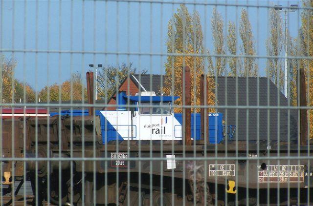 Der holdt lidet fotogent mindst tre lokomotiver her. Et andet var Duisport Rail 207 077-1, der var en MaK G 1206. Foto: BH 2008.