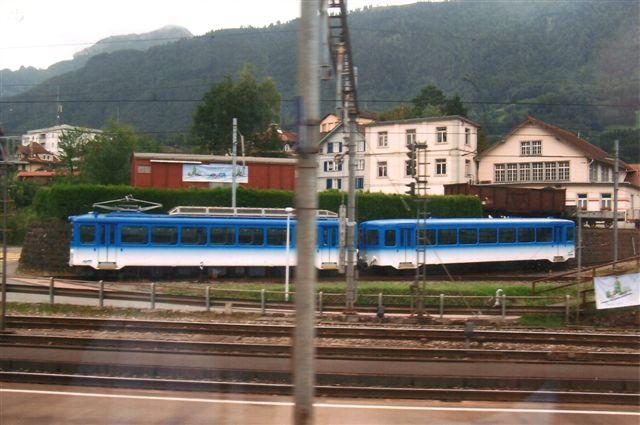 I 2009 og igen i 12 passerede jeg Arth-Goldau, hvorfra der også udgår en bane til Rigi. I 2009 i Art-Goldau lykkedes det fra et kørende ICN-tog at tage dette foto af et henstillet togsæt på ARB.