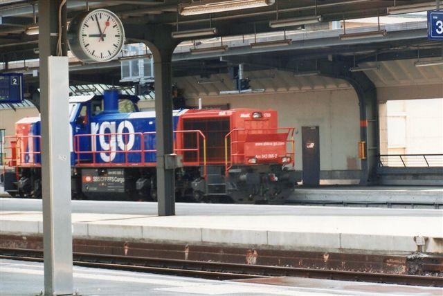 SBB 10 436. SBB Cargo Am 843 066-2. MaK diesel af typen G 1700. Geneve 2009.