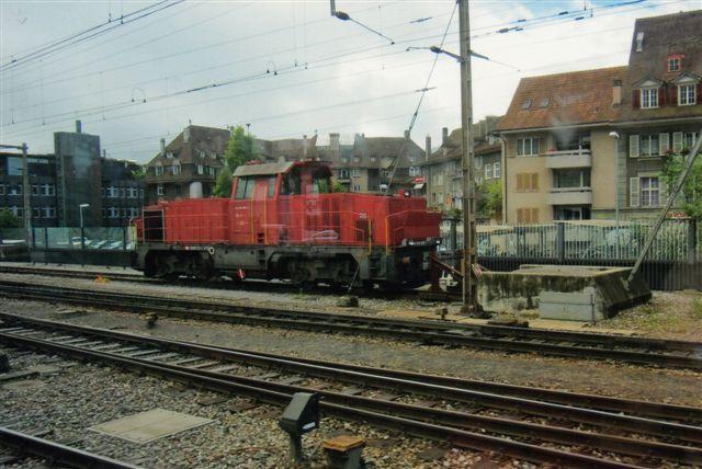 SBB 11 430. SBB Am 841 014-4 i Spiez på BLS. Foto: Edit Laursen 2012 fra kørende tog.