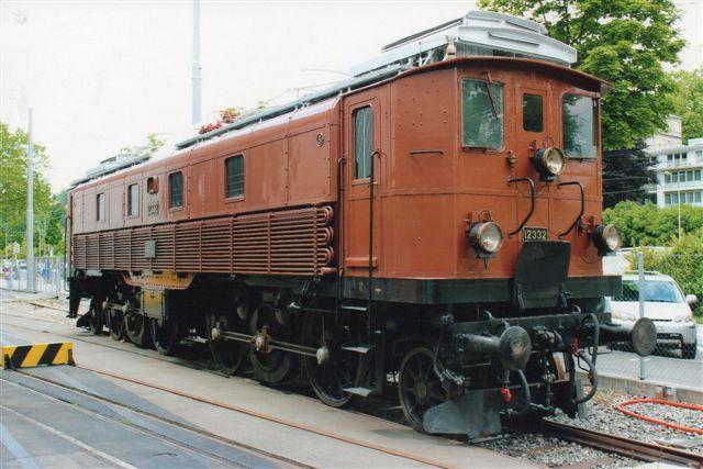 SBB 18 526. SBB Be 4/6 12332 i Luzern 2012. 40 eksemplarer er bygget 1920 - 23 i to serier, hvoraf den kraftigste ejede 80 t og ydede 1500 kW eller 2040 hk.