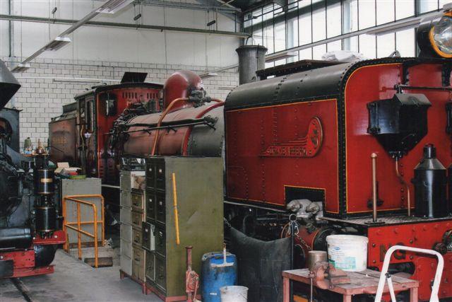 Schinznach Baumschulbahn Drakensberg, Hanomag 10551/1927. Ikke bare er lokomotivet toleddet (to sammenbyggede lokomotiver,)men det er også importeret fra Sydafrika. 2012.
