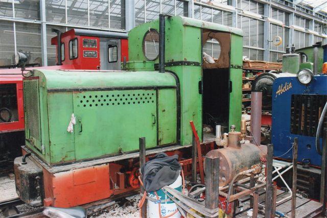 Schinznach Baumschulbahn. Deutzen med rhurtaler-plade.