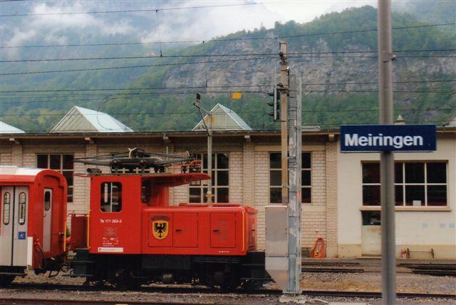 ZB 3 443. ZB Te 171 203-3 i Meiringen 2012. Hvis der her stod materiel fra Meiringen - innertkrichen Bahn havde det ikke ejermarkeringer.