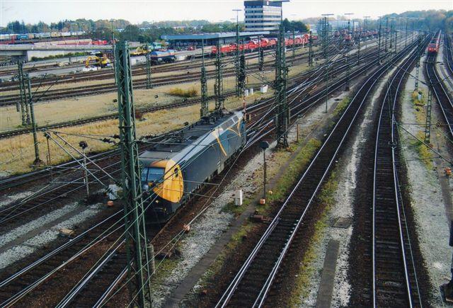 På den store centralrangerbanegård, Hamburg-Maschen sås også en bekendt, Railion 3104, tidligere DSB.
