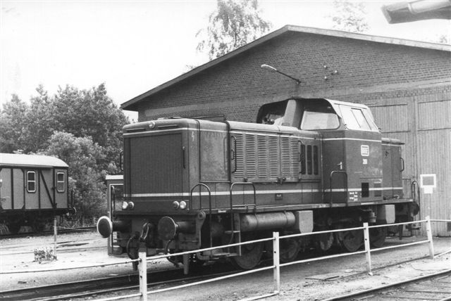 BHE 281, MaK uden data. Den ses her i Harsefeld Süd 1984.