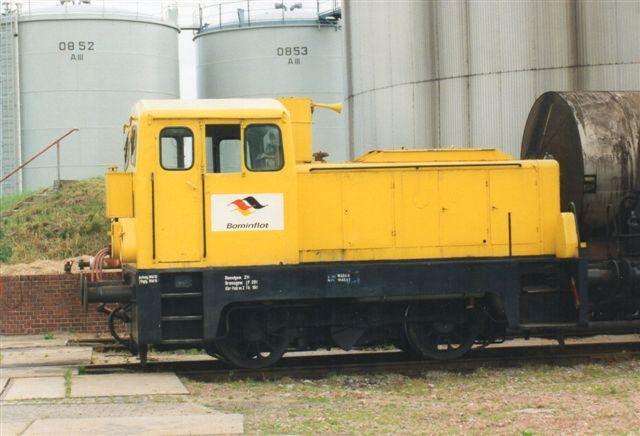 I år 2000 var lokomotivet blevet gult. Logoet er også anderledes.