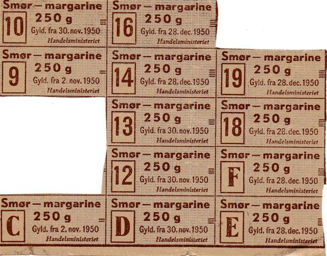 Hen i 1948 begyndte en del af rationeringerne at ophøre. De sidste dog først fire år senere. Man klippede ofte først i butikken. Hvert mærke var forsynet med en ikrafttrædelsesdato, så man ikke kunne tage på forskud. Den næringsdriende skulle også aflevere mærker for købene hos grossisten!