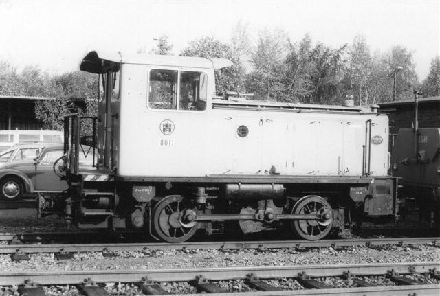 HHA 8011. KDH 57150/1960 med anlægstog i Saarlandstrasse tidlig morgen 1986.