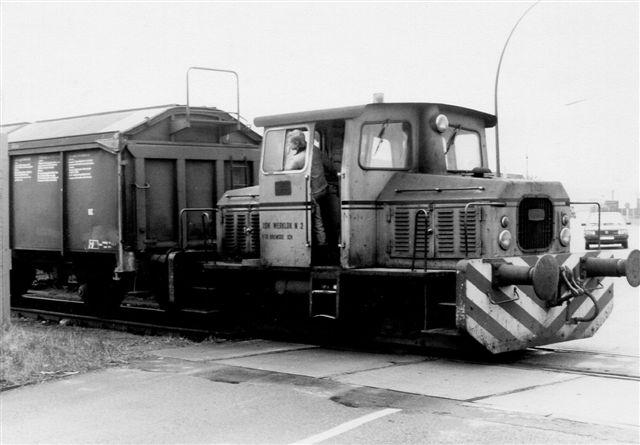 I 1988 havde jeg mere held. HSW 2, Diema 3286/1972 DVL 150 passerede offentlig vej. Allerede samme år tilhørte den OnRail og stod i Moers hos MaK.