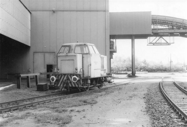 I 1986 stod der endnu inde på værket et rigtigt lokomotiv, Hansaport 5, MaK uden data. Den var henstillet.