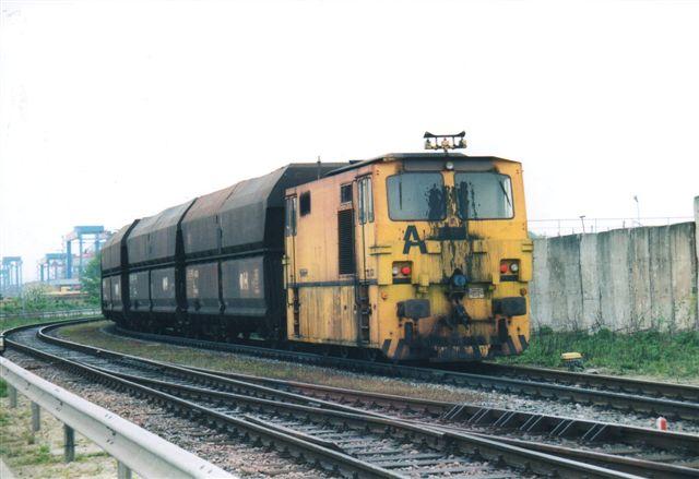 Hansaport A. På dette foto ser lokomotivet noget anderledes ud. Ombygning? Foto fra 2004.