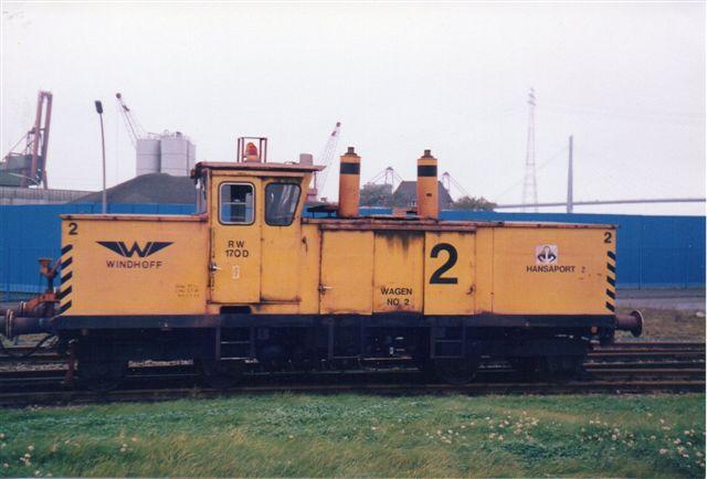 Hansaport 2, Windhoff 130484/2/1976 RW170D. Bemærk mellemvognen, da malmvognen havde centralkobling, mens robotten havde normalt trækudstyr.