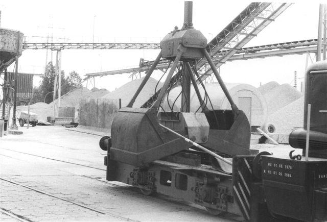 Hagel 1, DWK 635/1938 110B 110 hk. 24 t. Desværre var kun undervognen tilbage a denne ellers interessante, aldrende sag. 1983.