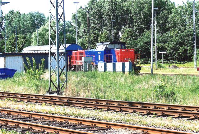 HGK DH 50 ptøvede at skjule sig. Den er Vossloh Locomotives 1001465/2003.