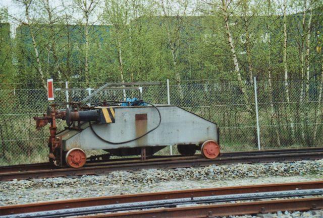 En anden robot på det omfattende anlæg med to eller tre separate læsseområder havde affadede kanter. 2008.