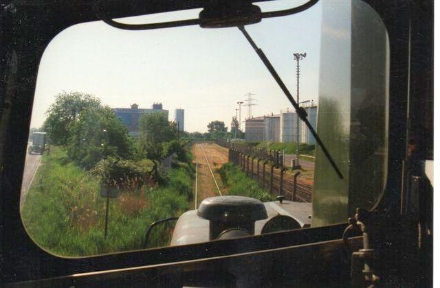 Selv om man ikke blev lukket ind her, har jeg åbenbart været ude at køre med lokomotivet. En tur ned til overlevereing og tilbage her igen. 2001.