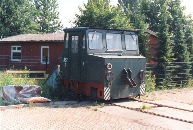 Cargo Center ASF 1, LEW 17226/1981. Type EL16. ASF står for Akku-Schub-Fahrzeug og det stammede fra Eisenwerk Thale, hvorfra det kom 1992/93. Foto 1994. Året efter var det borte igen.