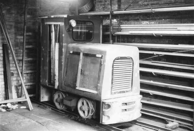 I remisen på Kalte Hofe stod Schöma 3479/1973 type CHL 20 G. Foto Bent Hansen 1985.