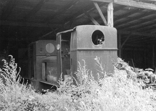 Her var i skudfeltet Deutz 42987, 19729, 33112 og Henschel28026/1948. Skal jeg være ærlig, kan jeg se de to første, men resten var der også. Foto Ulrich Völz 1985.