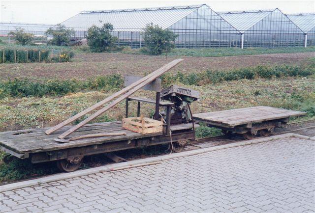 Naboen i nr 243 havde den hjemmelavede med havefræsermotor. Igen 500 mm.