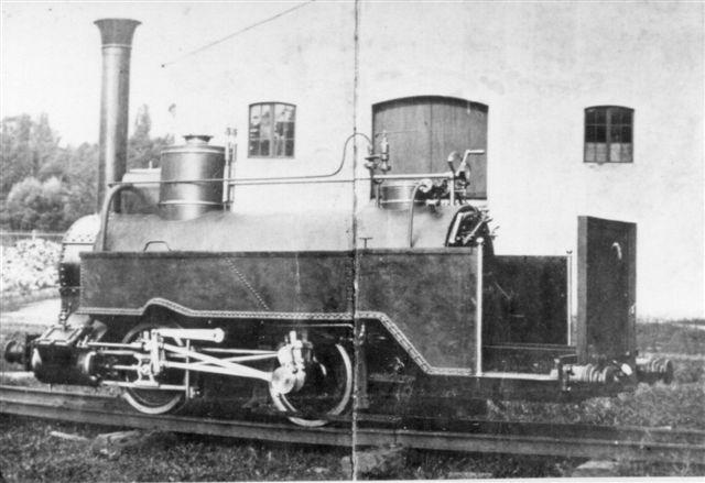 Lokomotivet på salgsbilledet fra Düsseldorf forefundet i Grindsted. Billedet altså. Ingen tvivl om, at det er et lokomotiv af samme type,