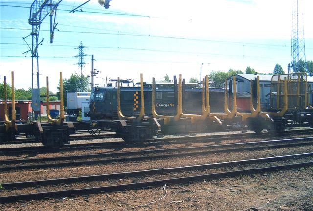 Cargonet El 14 formentlig set fra kørende tog i ??? i Halden?