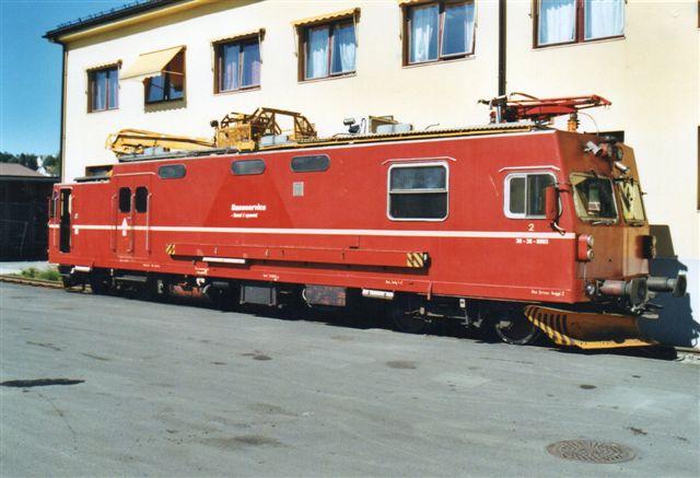 Baneservice 30-38-0003, Levahn 504/1981. Type LM2.03 hos NSB i Narvik 2002. Siden skiftede Baneservice navn til Banverket.