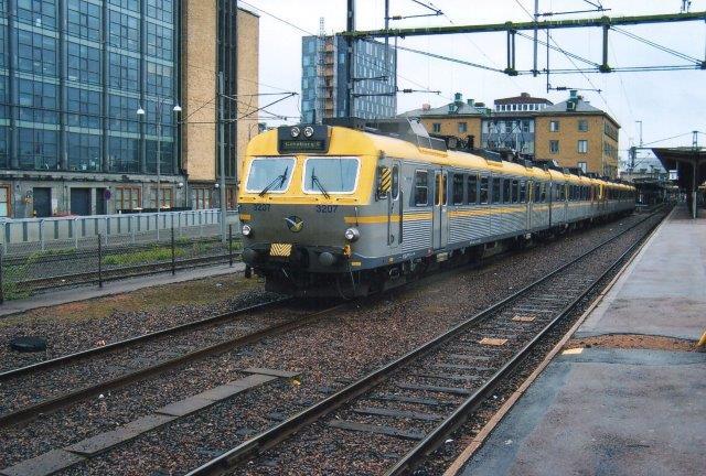 Vesttrafik X11 3207. Göteborg C 2011. Da var det DSB First, der kørte togene.