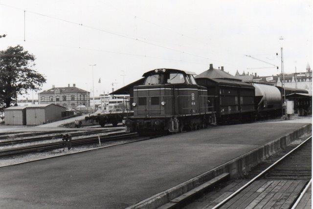 SJ V4 141 en Henschel far 1972 bygget i 10 eksemplarer her på Helsingborg C 1981.