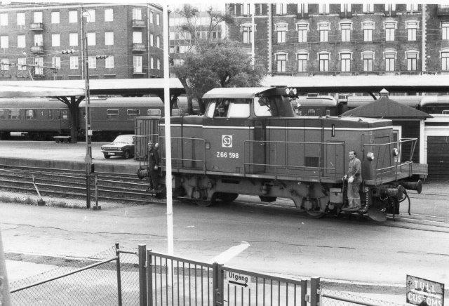 SJ Z 66 598 på Færgestationen i Helsingborg sikkert set fra færgens dæk.