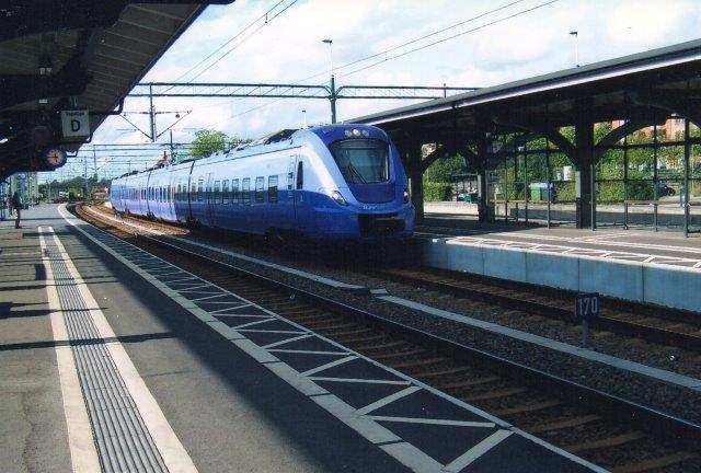 I Lund var der så meget Skånetrafik X61 at jeg ikke kunne nå at skifte perron for T få nummer. 2011.